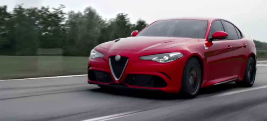 Alfa Romeo Giulia QV promovideo screen