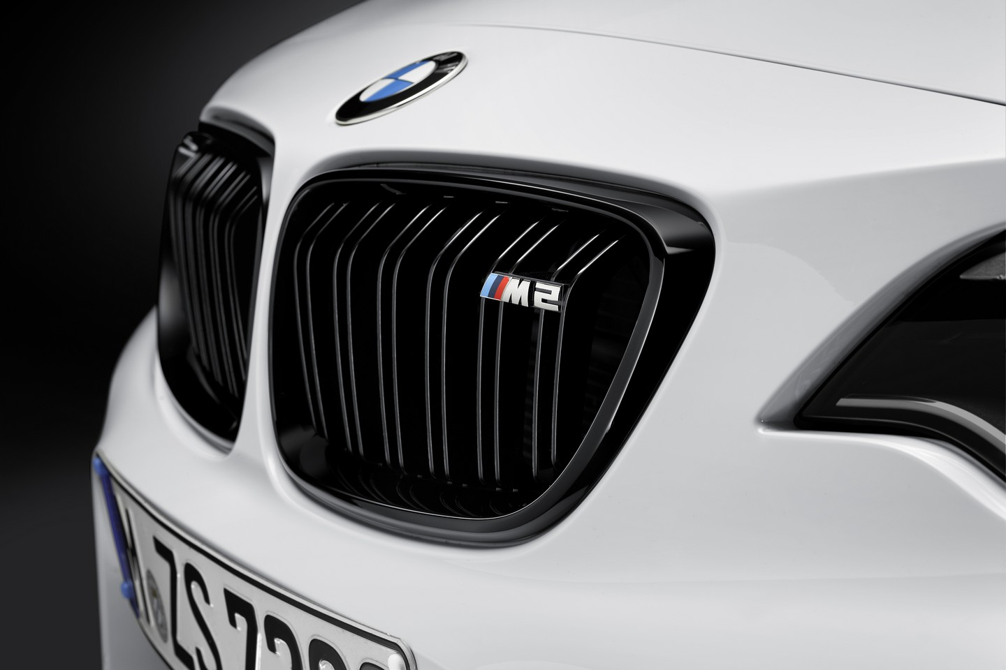 BMW M2 Coupe с аксессуарами M Performannce