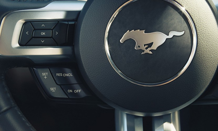 ford-mustang-2014-26