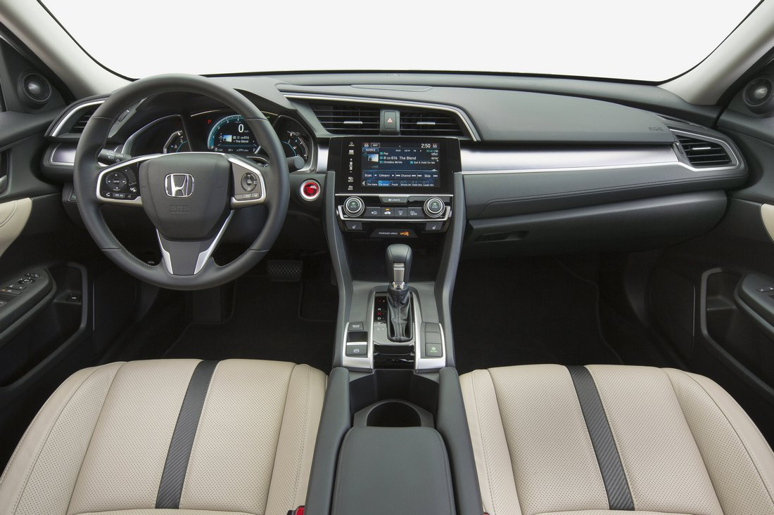 Honda Civic 2016 седан
